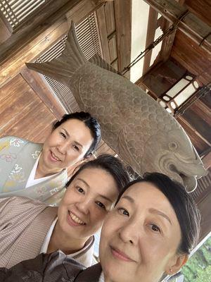 萬福寺にて女子3ショット